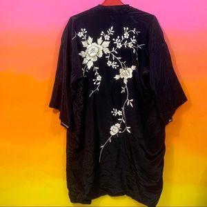 unbranded • vintage black silk floral kimono os